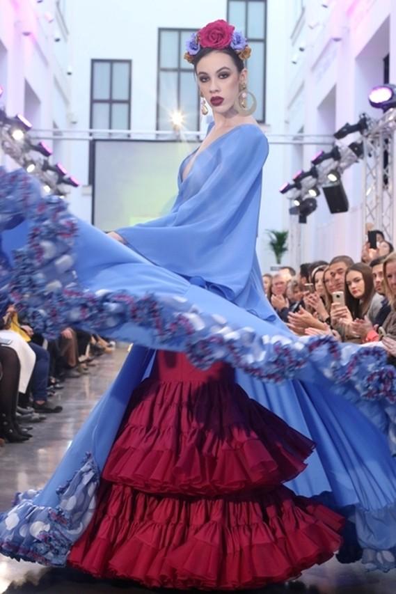 495104671 Los desfiles de moda flamenca, primera jornada de FIMAF - Las Tardes ...